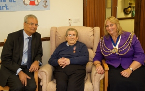 Mayor Presents Acorn Court Care Home Resident with War Medal