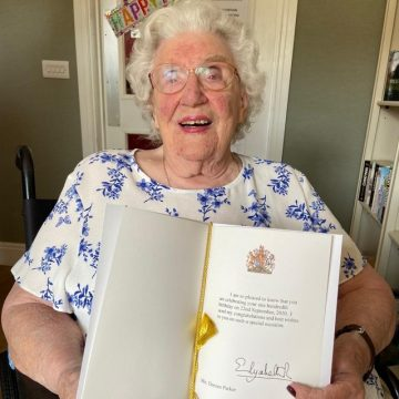 DOREEN 100 YEARS 'YOUNG' !