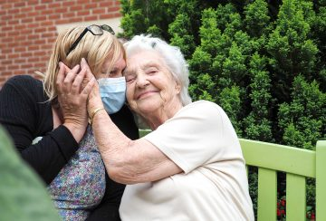 Four simple ways you can help a loved one living with dementia